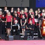 Nastop v Komnu na proslavi Primorska za vedno